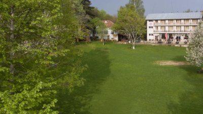 Хижа Беласица и чудната поляна