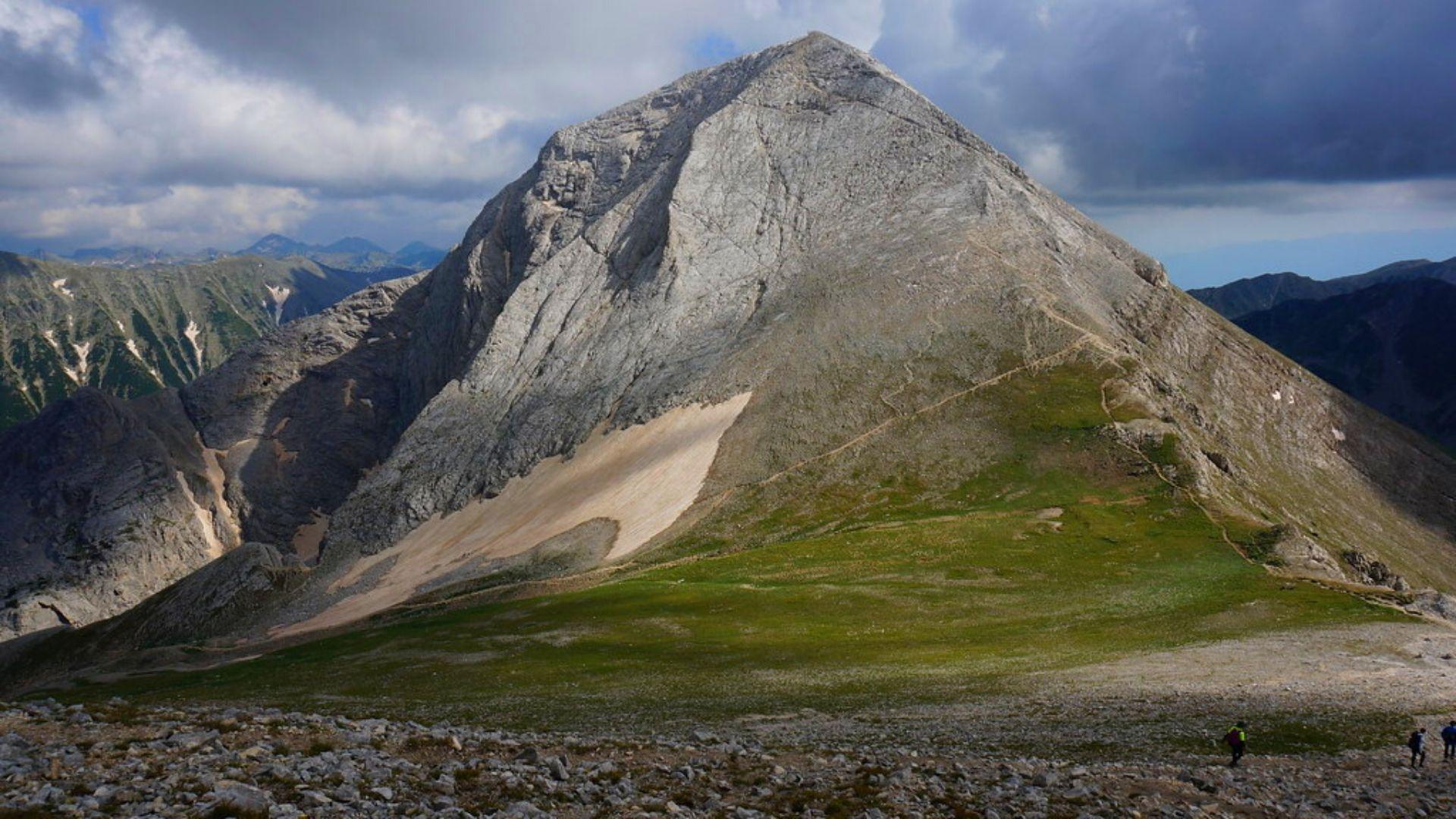 Връх Вихрен, Пирин планина